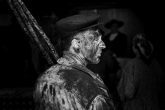 Limpador de chaminés III | Chimney sweep III